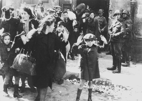 Bundesarchiv_Bild_183-41636-0002,_Warschauer_Ghetto-Aufstand,_Verhaftungen_HR_494