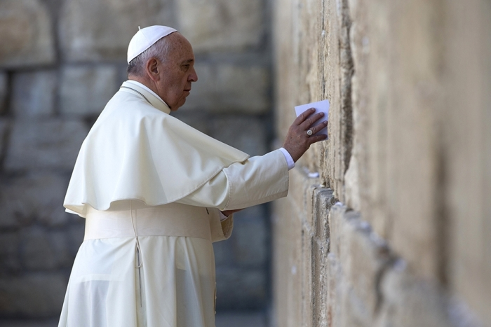 img_pod_2605-pope-francis-western-wall