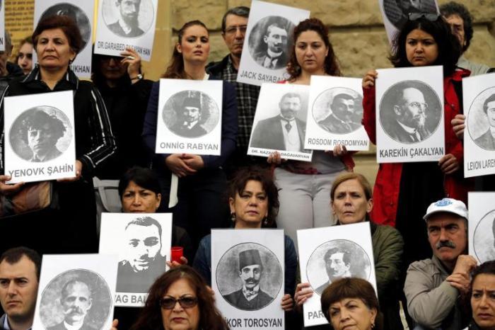 Gedenken-an-Voelkermord-an-Armeniern