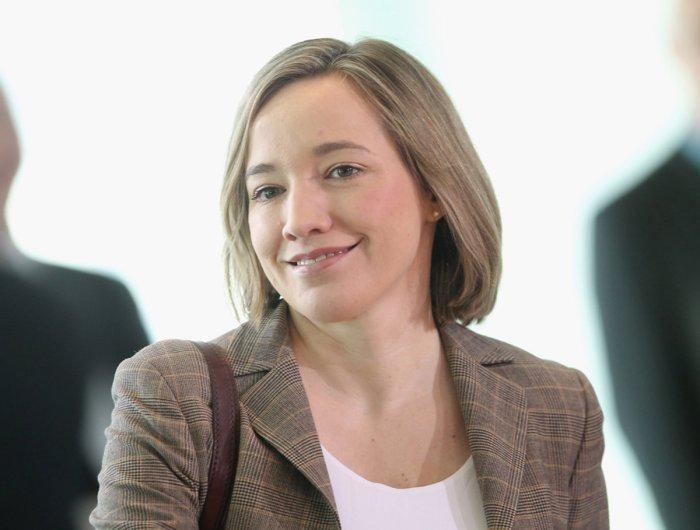 Kristina-Schroeder-Ministerin_image_1200