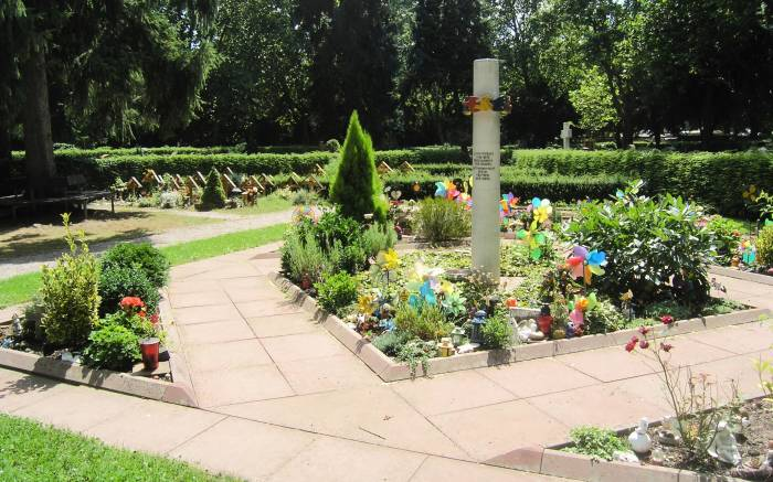 Karlsruhe_Hauptfriedhof_Kleinstkinder