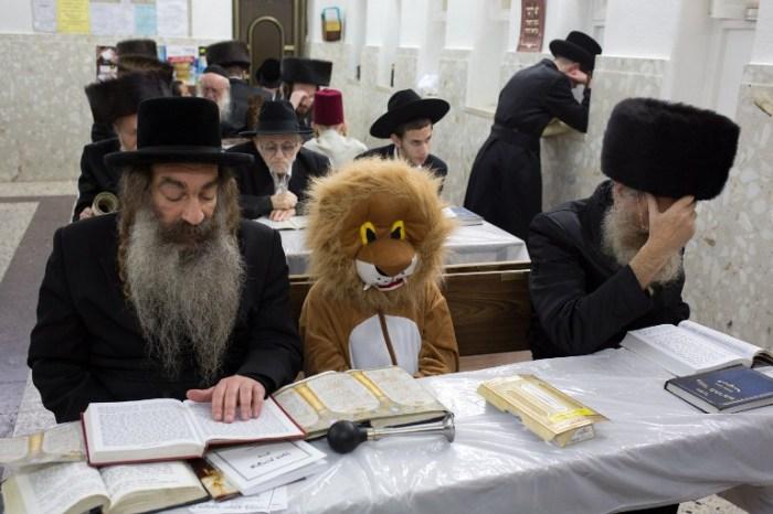 ISRAEL-RELIGION-JEWISH-PURIM
